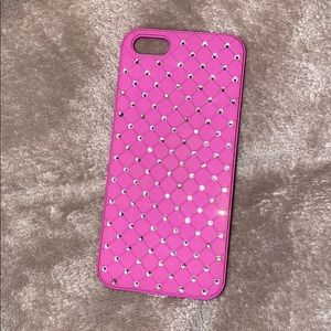 Accessories - Pink lightly used iPhone 5s phone case